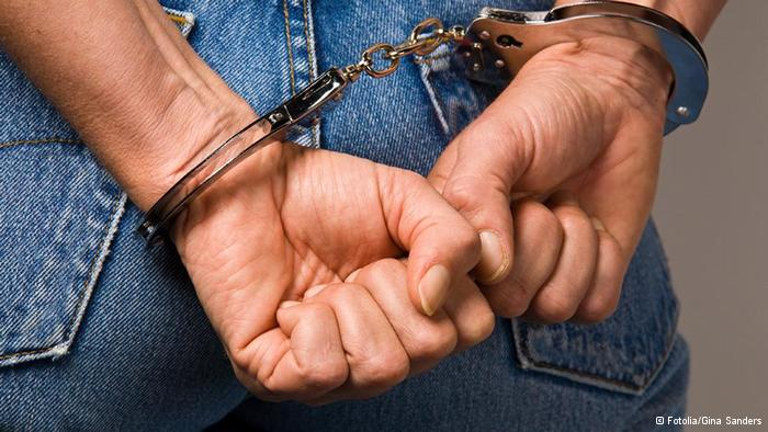 На Прикарпатті поліція затримала грабіжників за 30 хвилин
