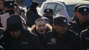 709律师王全璋狱中首见妻儿 李文足历时四年成功探监