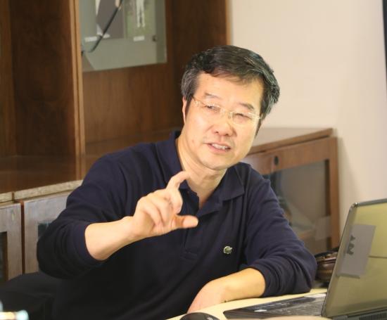 """雷亮:以""""演进""""方式实现中国宪政民主的可能性探讨"""